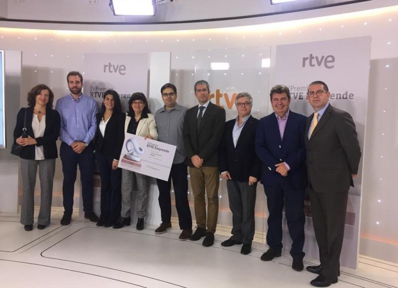 Equipo Biohope recoge el diploma de finalista Premios Emprende